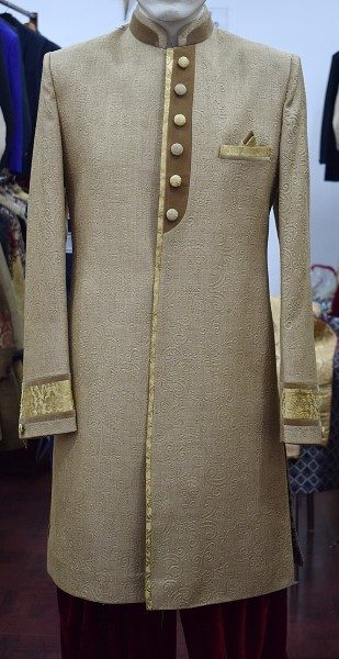 Indowestern_Sherwani_on_rent_in_Ahmedabad